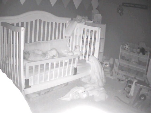 hacked baby monitor yells kid shows why you build your own theitbaby. Black Bedroom Furniture Sets. Home Design Ideas